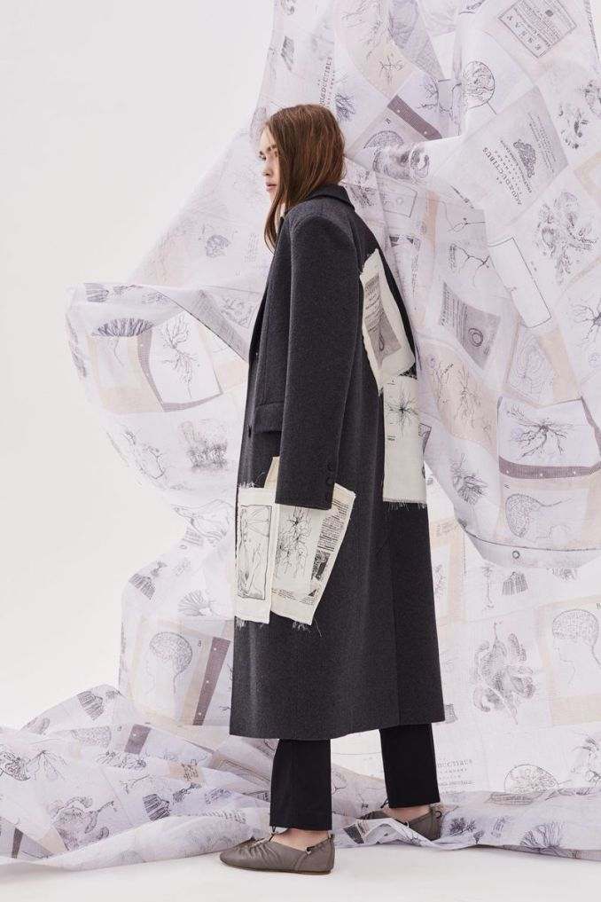 Fashionable coat with print fall-winter 2020-2021 from the Ruban collection