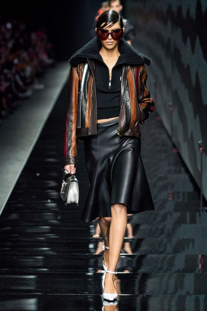 Fashionable leather skirts fall-winter 2020-2021 from the Versace collection