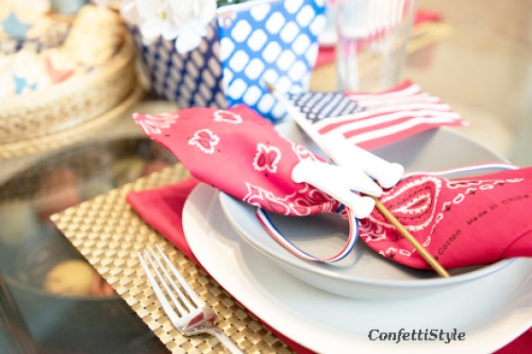 4th of July Tablescape by ConfettiStyle (7)