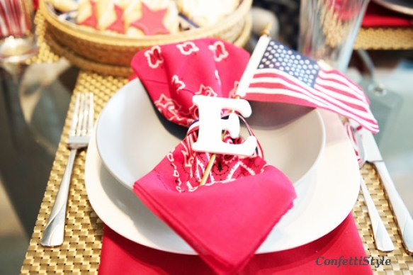 4th of July Tablescape by ConfettiStyle (8)