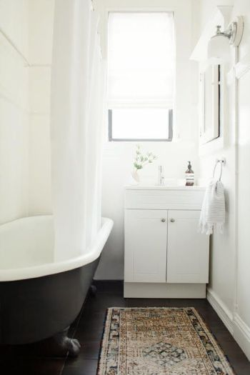 Design Inspiration: Small Bathrooms with major impact ...