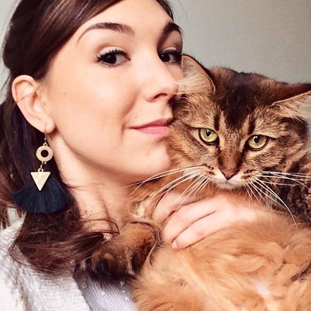 Portrait de la boutique made in france les Minitriplos, des jouets fait mains pour chats tendances et chics + concours