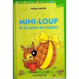 Mini-Loup-Et-Le-Lapin-De-Paques