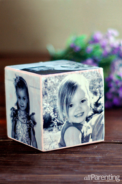 allParenting-DIY-Mothers-Day-photo-cube