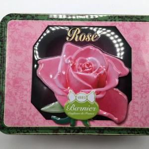 BONBONS ANCIENS AROMATISES A LA ROSE  – boite décor relief en fer –  150 g – BARNIER