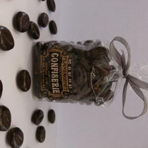 GRAINS DE CAFE AU CHOCOLAT ET PATE DE MOKA – Poids net 100 g