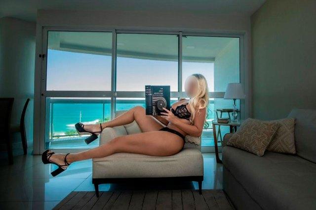 Nicoly Freitas Acompanhante de luxo e Garota de Programa no Rio de Janeiro | ConfrariaRS