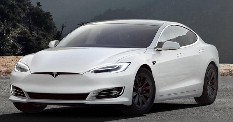 Modelli Tesla: quanto costa l'auto elettrica del futuro
