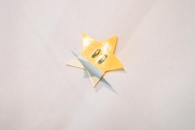 Peel of Heat n Bond paper backing