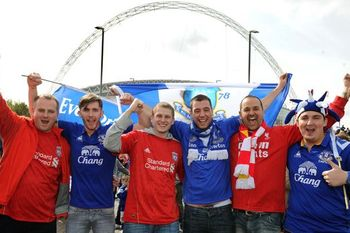 liverpool-and-everton-fans-together-at-wembley-for-the-fa-cup-semi-final-620-384395871_crop_north.jpg