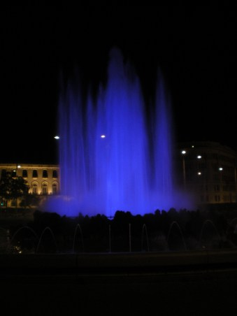 Fountain in blue