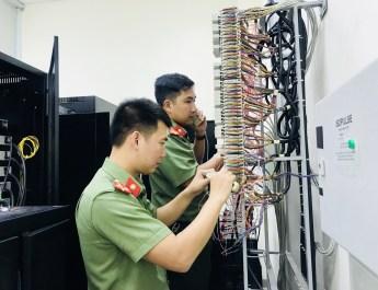 Ứng dụng công nghệ thông tin góp phần cải cách thủ tục hành chính trong Công an Quảng Bình