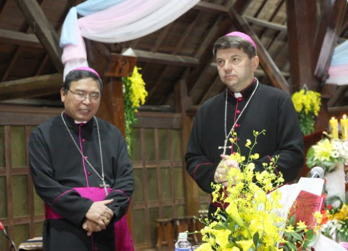 Giáo phận Ban Mê Thuột chào đón Đức Tổng Giám mục Marek Zalewski