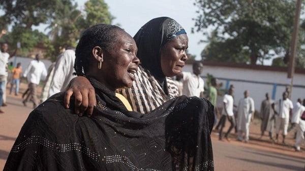 Thảm sát kinh hoàng tại Cộng Hòa Trung Phi: 42 người bị thiêu sống, Tòa Giám Mục bị cướp phá, cha Tổng đại diện bị giết 2
