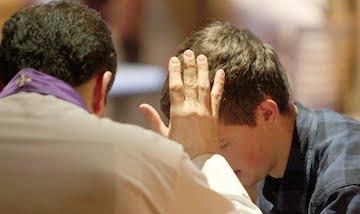 Buộc xưng tội trong mùa Chay không?