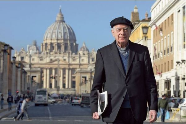 """Linh mục Lombardi: """"Vẫn còn những kẻ ấu dâm trong Giáo hội"""""""