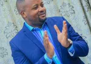 """Manifestations contre la """"Machine à voter"""": une distraction de plus, selon Athys Kabongo"""