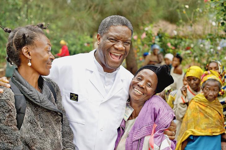 """RDC/Kivu: des artistes engagés et  """"Chemin de la paix"""" félicitent le Dr Mukwege pour son prix Nobel"""