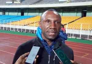 """CAF-C2/ V.Club-Raja : """"Il faut qu'on montre un autre visage"""" ( Florent Ibenge)"""