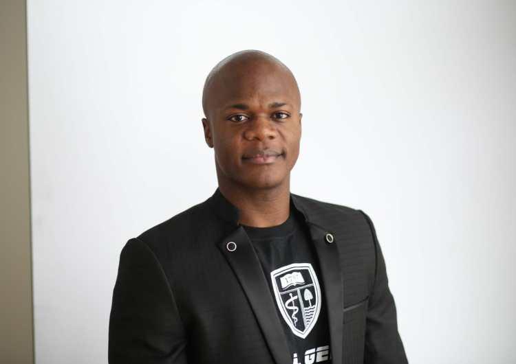 Diaspora: l'étudiant en médecine Nathan Tshibambe veut apporter sa pierre dans la lutte contre le VIH/Sida en RDC