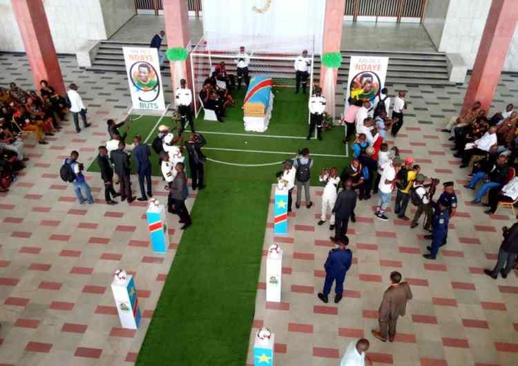 Obsèques Ndaye : la nation rend hommage à son icône de football !