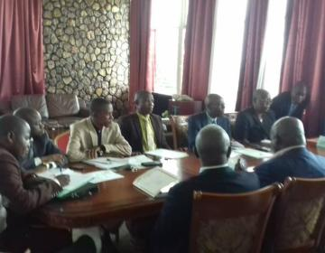 RDC/Kwango : un ministre retardataire interdit d'entrer à sa première réunion du gouvernement