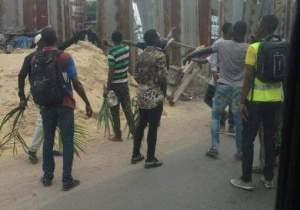 Kinshasa : l'avenue du Commerce paralysée, les travailleurs des Indo-Pakistanais réclament l'application du SMIG