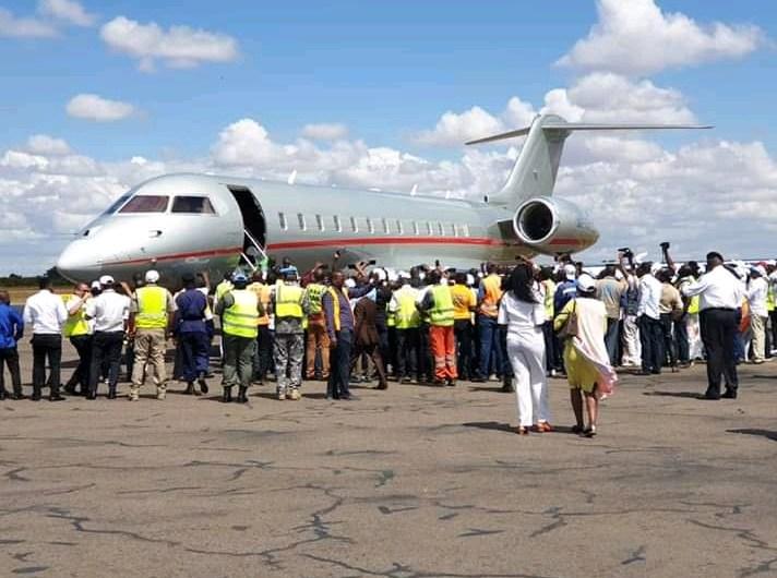 ? Urgent :  Moise Katumbi vient  d' atterrir à Lubumbashi (images)