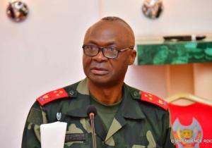 RDC: F. Tshisekedi nomme un conseiller militaire, le chef de la maison civile et élève Célestin Mbala