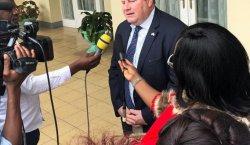 """""""Et, même si je n'ai pas toujours aimé leurs reportages, j'ai toujours respecté et apprécié les contributions vitales des médias à la démocratie"""" (M. Hammer, ambassadeur des USA en RDC)"""