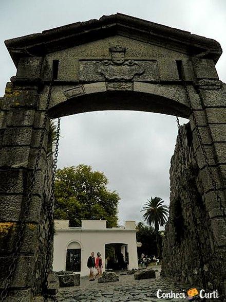 Colonia del Sacramento, OPortal de Campo.