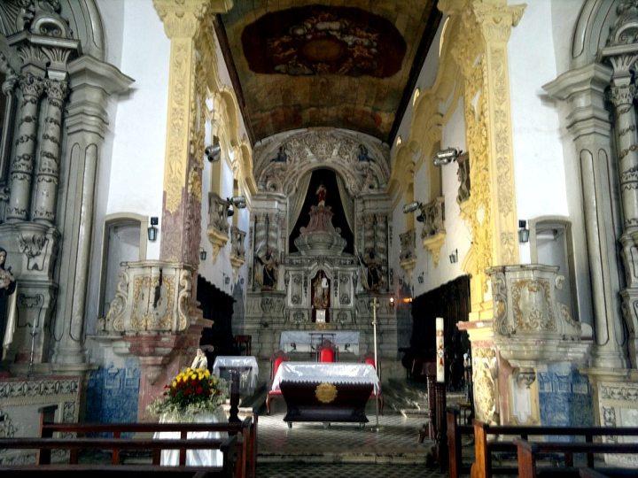 Interior da Igreja Nossa Sra do Carmo de João Pessoa, Paraíba.