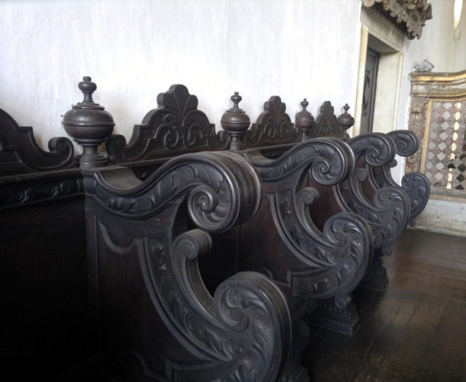 Cadeiras do coro da Igreja de São Francisco.