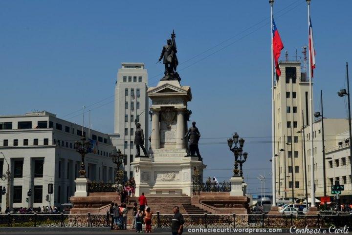 Monumento aos heróis de Iquique - Plaza Sotomayor em Valparaíso