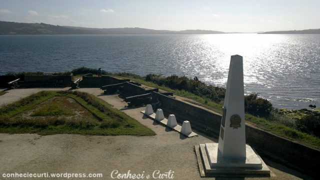 Fuerte-San-Antonio-Chiloe-obelisco