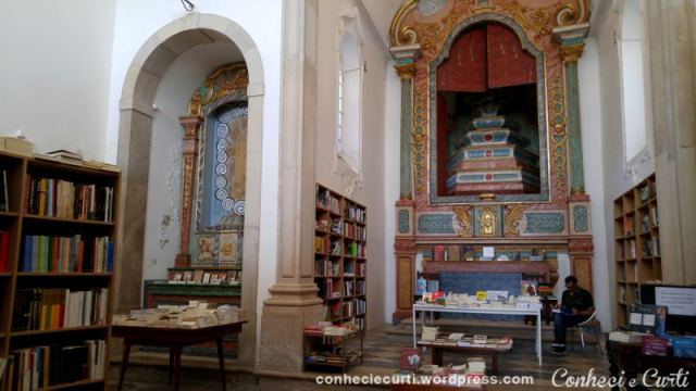 Igreja de São Tiago ou Santiago em Óbidos - Portugal.