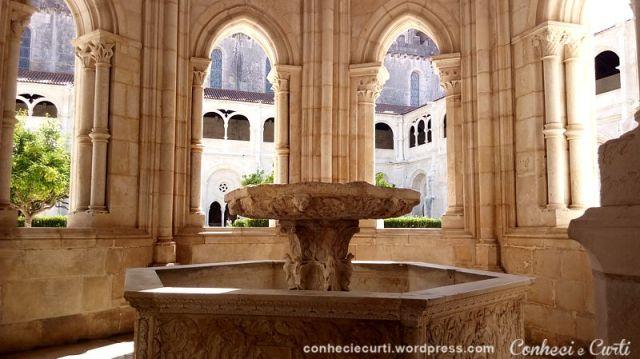 Lavabo do Claustro D. Dinis - Mosteiro de Alcobaça, Portugal