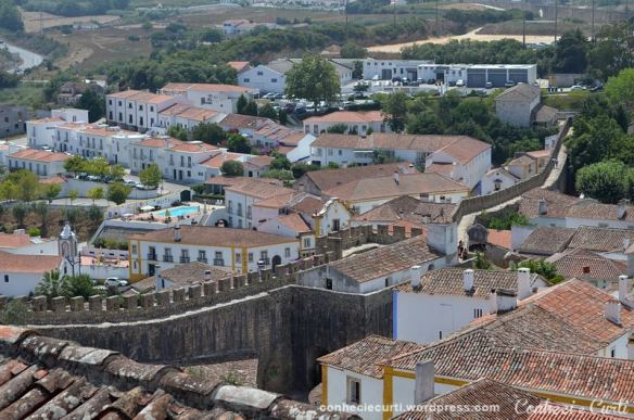 Óbidos, Portugal. Vista da parte intra e extra muros