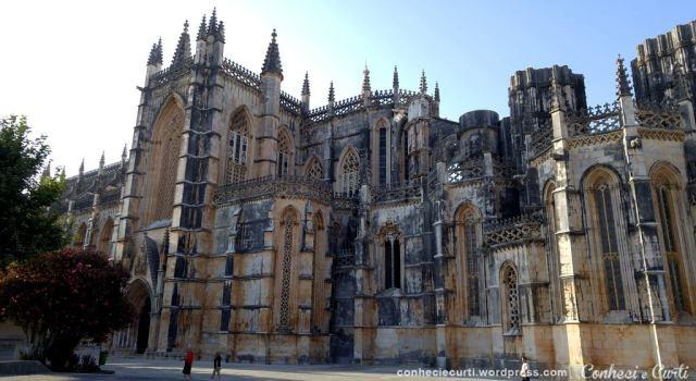 mosteiro-da-batalha-portugal-vista-externa