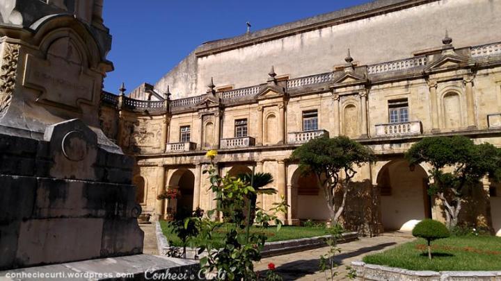 Claustro do Mosteiro Santa Clara-a-Nova, Coimbra.