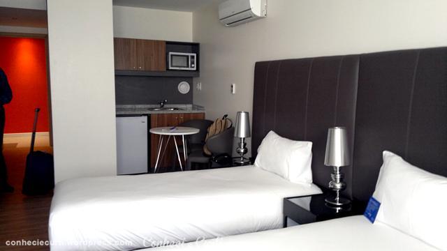 Quarto do Hotel Regency Way - Montevidéu - Uruguai.