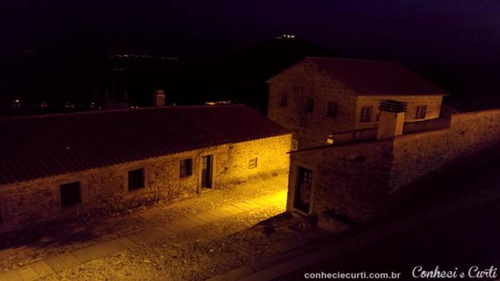Castelo Rodrigo, a vila no entorno do Castelo.