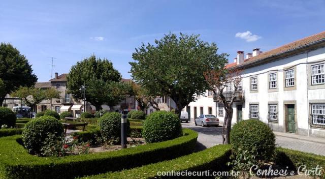 Praça em Trancoso, Portugal.