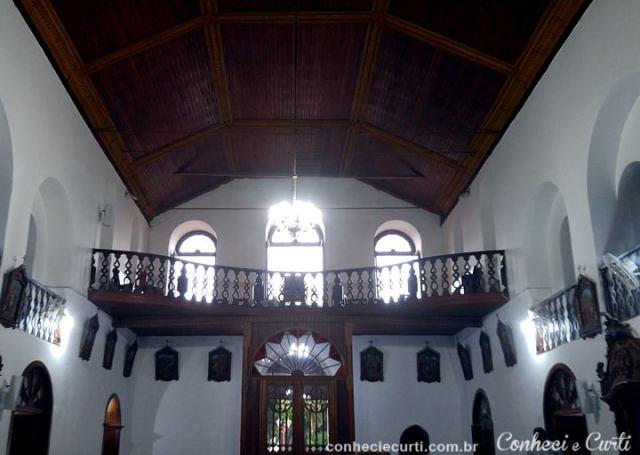 O coro da Igreja de N.Sra de Montserrat em Baependi.
