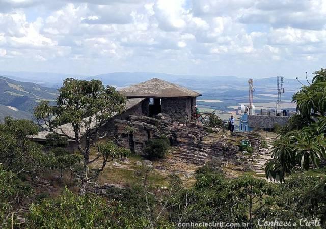 A Casa da Pirâmide em São Tomé das Letras.