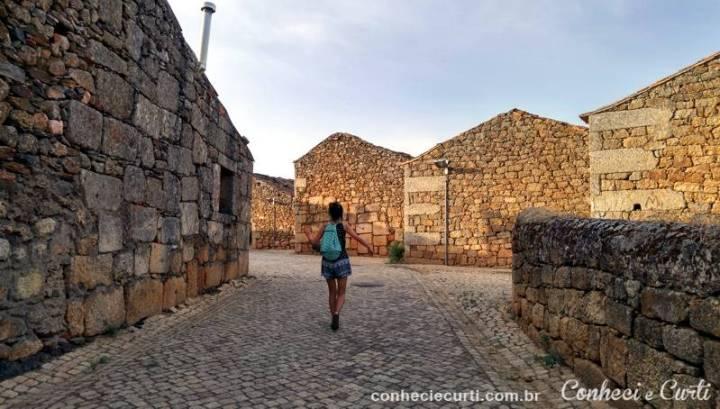 Idanha-a-Velha, uma rua da aldeia.