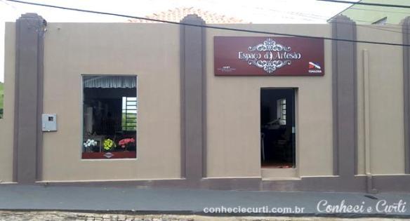 Espaço do Artesão de Tomazina, PR.