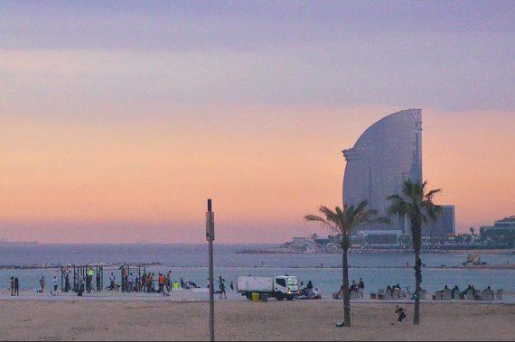 12 dicas pra deixar sua viagem pra Barcelona mais barata