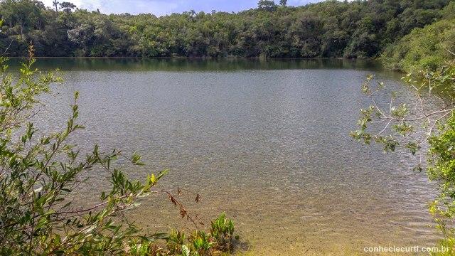 Lagoa Dourada no Parque Estadual de Vila Velha, em Ponta Grossa, PR.