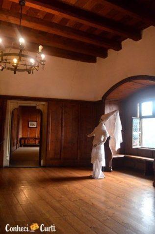 A dama de branco. Castelo de Orava.